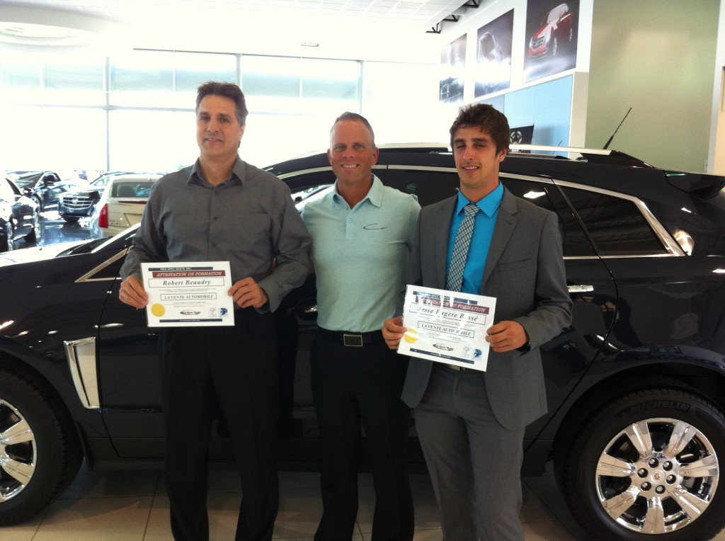 Nouveaux gradu s de la formation en vente automobile for Bureau pro drummondville